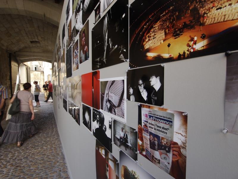 Murmure d'images Olympus Arles 2010 - production photo Mur-vue-d-ensemble_3