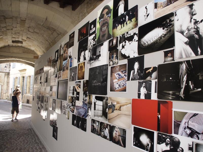 Murmure d'images Olympus Arles 2010 - production photo Mur-vue-d-ensemble_1